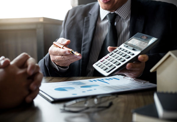 Courtier pour une renégociation de prêt